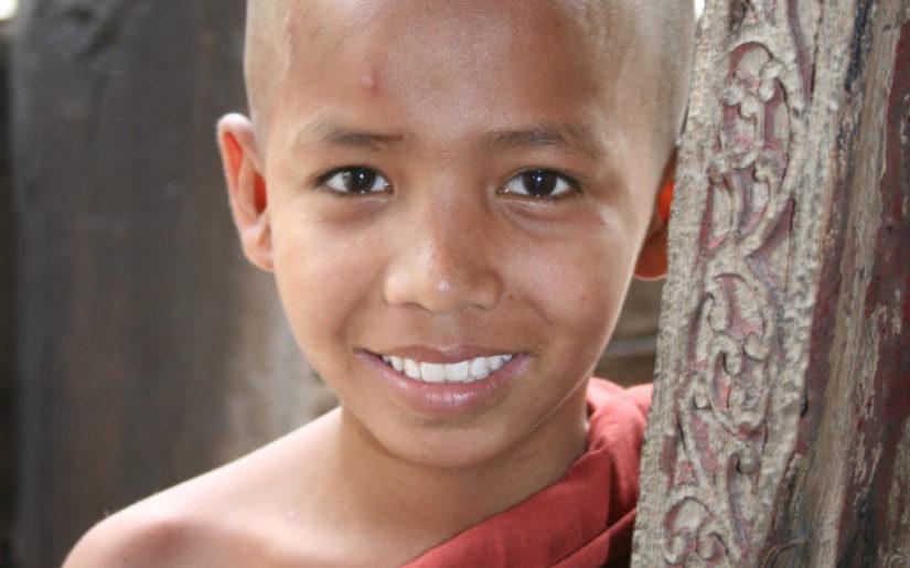 Mnisi w Mandalay